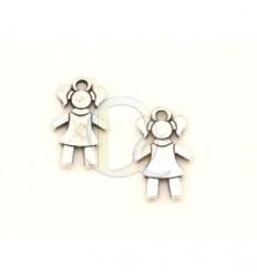Colgante niña en Zamak con baño de plata antigua. Tamaño: 15 mm