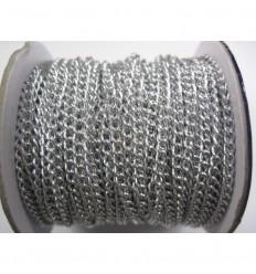 Cadena. de aluminio. Tamaño: 0,5x0,3mm